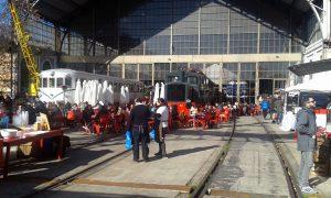 Mercado de Motores en Delicias celebrado en enero de 2017.