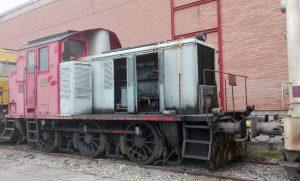 Tractor de maniobras 10349 en la base de Miranda de Ebro.