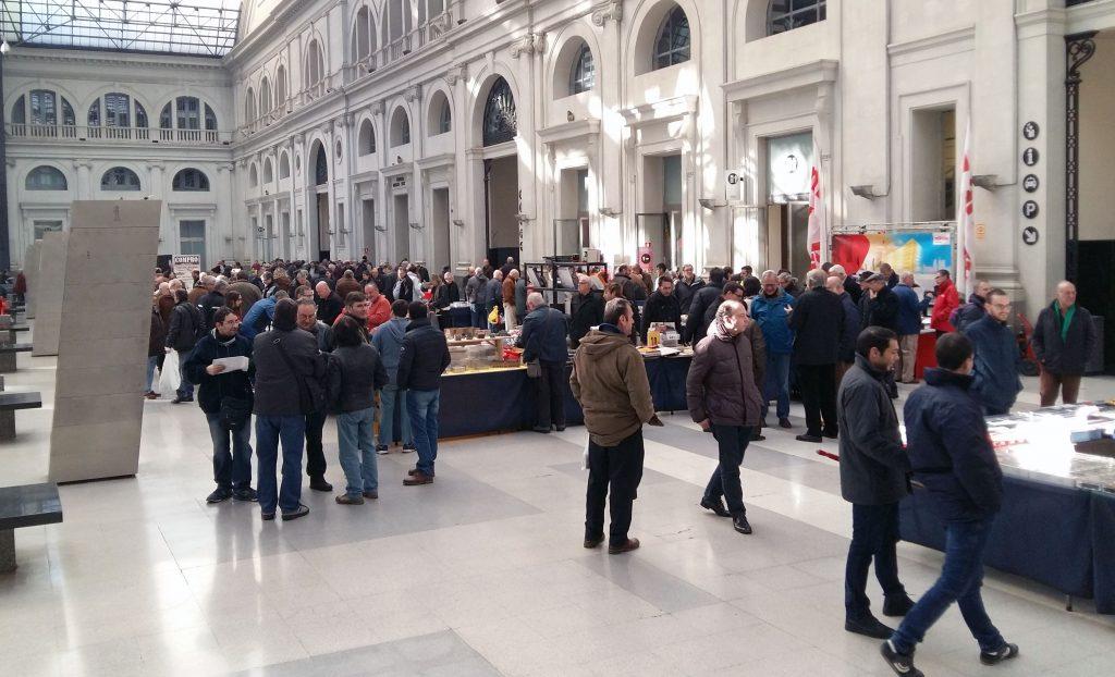 Feria de modelismo ferroviario en la estación de Barcelona-França.