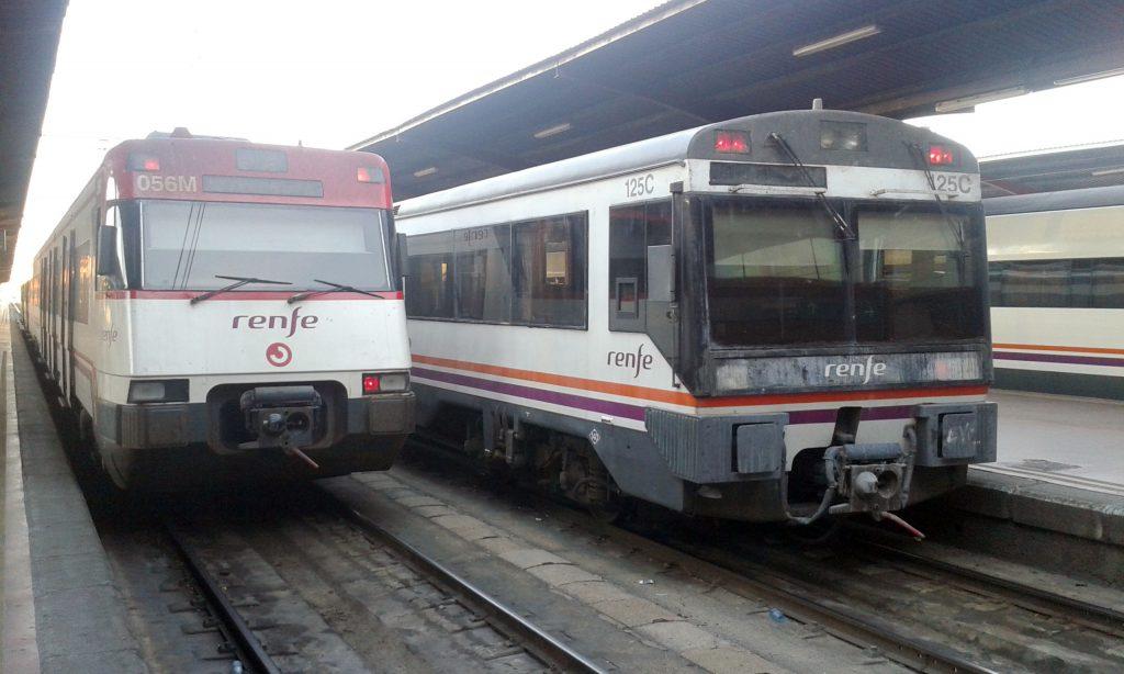 Unidad eléctrica s/470 recién llegada a Madrid-Chamartín procedente de Sigüenza.