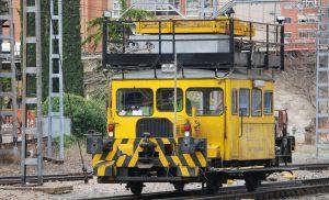 Vehículo de apoyo (dresina) de los equipos de electrificación.
