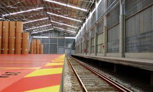 Nave de Barcelona Terminal Intermodal Polivalente.