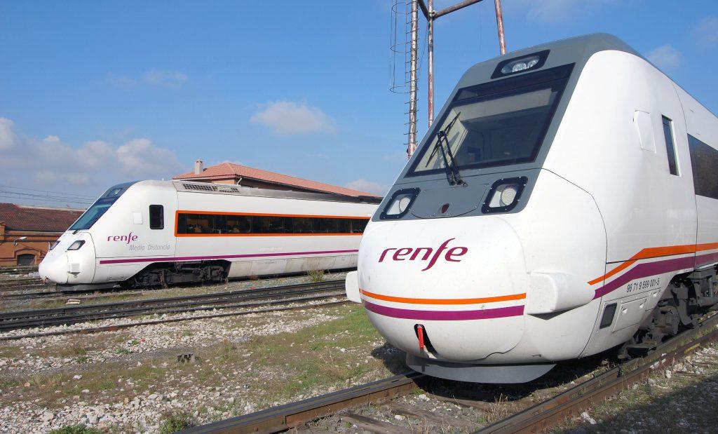Trenes automotores diésel de las series 598 y 599.