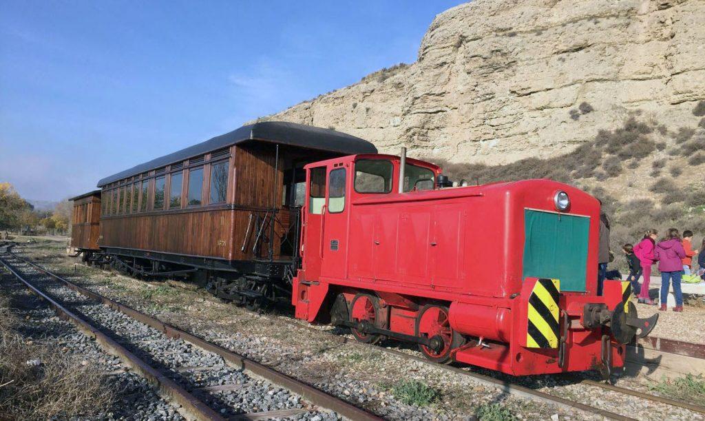 El Tren de Arganda con tracción diésel.