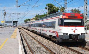Unidad s/447 en la estación de Benicarló-Peñíscola.