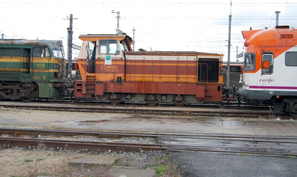 Locomotora de maniobras de la serie 309.