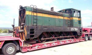 Traslado del tractor de maniobras 10503 a Martorell (Barcelona).