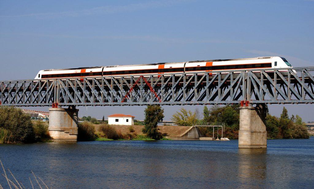 Puente sobre el río Guadiana en Mérida.