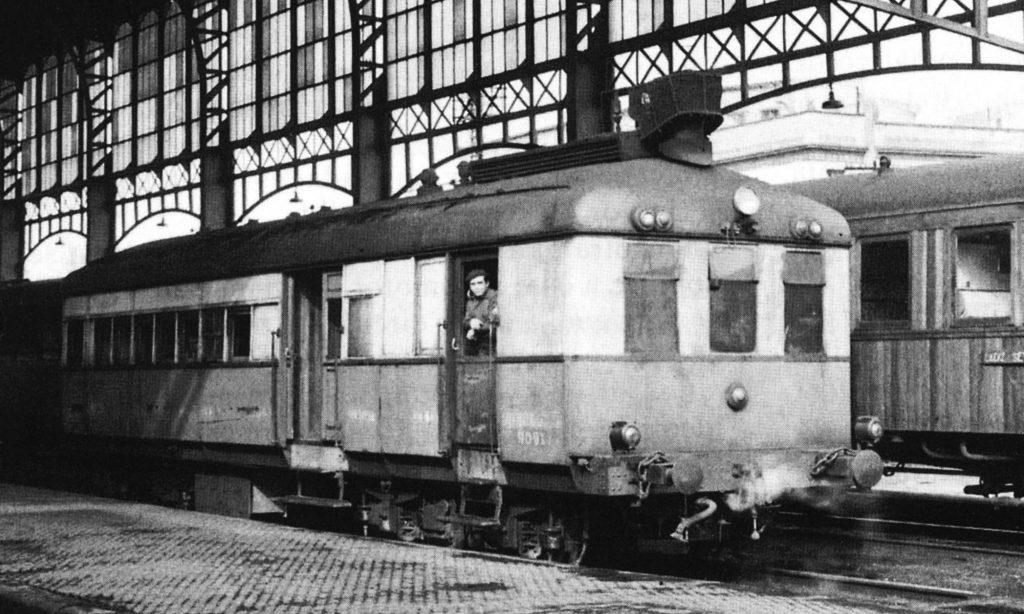 Automotor de vapor 'Sentinel' en Sevilla, cuando aún estaba en activo.